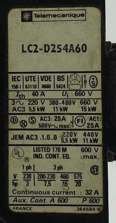 **NEW IN BOX** Telemecanique LC2-D254A60 Reversing Contactor  110 V coil